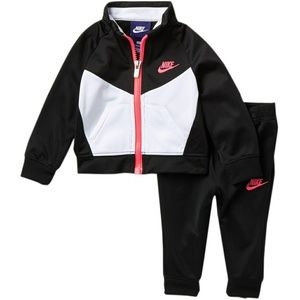 NIKE NSW TRICOT TRACK SUIT (BABY GIRLS)
